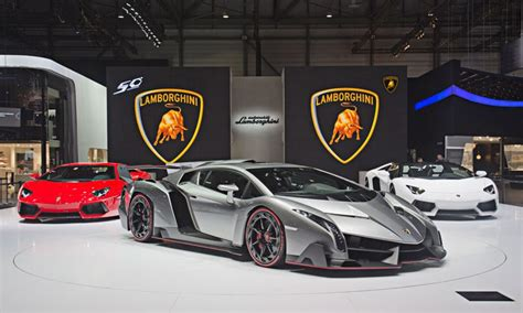 Lamborghini Veneno 50th Anniversary Lamborghini And Unveil Supercars 171 Twistedsifter