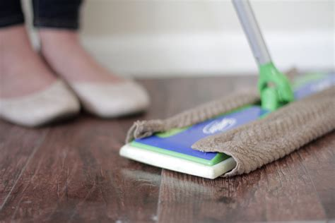 Floor Cleaning by 10 Must Tools To Clean Your Entire House Naturally