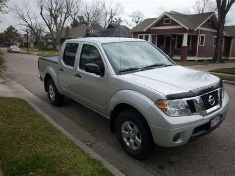 used 2012 nissan frontier sv crew cab 4wd 6speed manual for sale in edgewater park nj 08010 purchase used 2012 nissan frontier sv crew cab pickup 4 door 4 0l in houston texas united states