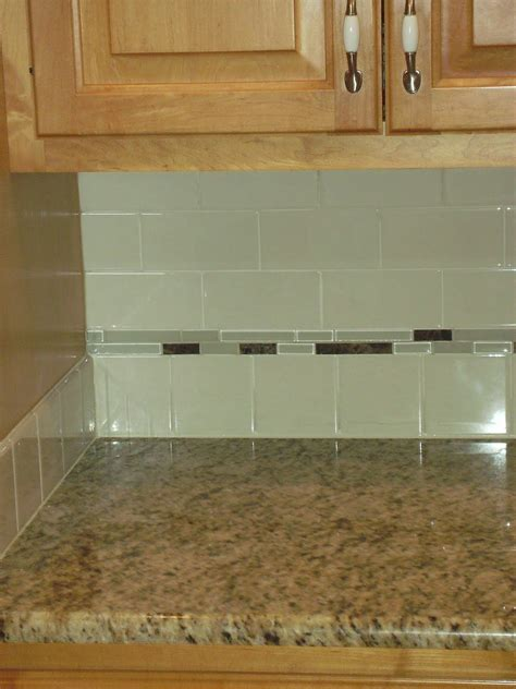 Kitchen Backsplash Accent Tile Knapp Tile And Flooring Inc Subway Tile Backsplash