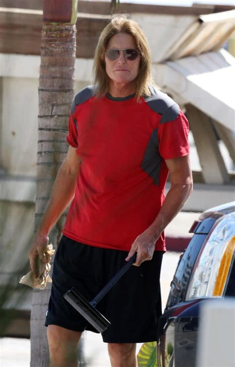 whats the deal with bruce jenner bruce jenner s big tv chat spurs viewing parties around