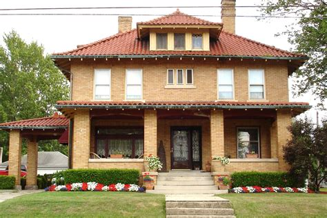 a traditional foursquare in texas more houses for sale hooked on dream of modern american foursquare house plans modern