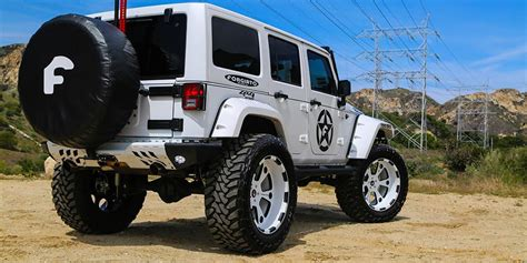 Jeep Jk Lifted Lifted Jeep Wrangler On Forgiato Wheels Road Wheels