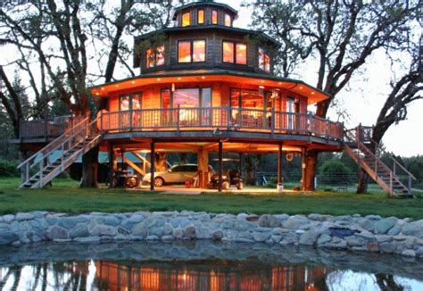 The Most Kickass Oregon Treehouse You Ve Ever Seen Is Right Here That Oregon Life