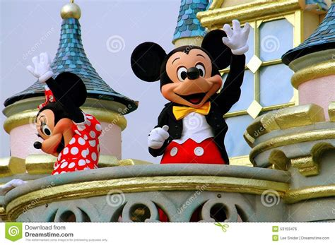 Disney S Miracle Free Hong Kong China Mickey And Minnie Mouse At Disneyland Editorial Photo Image Of Hong