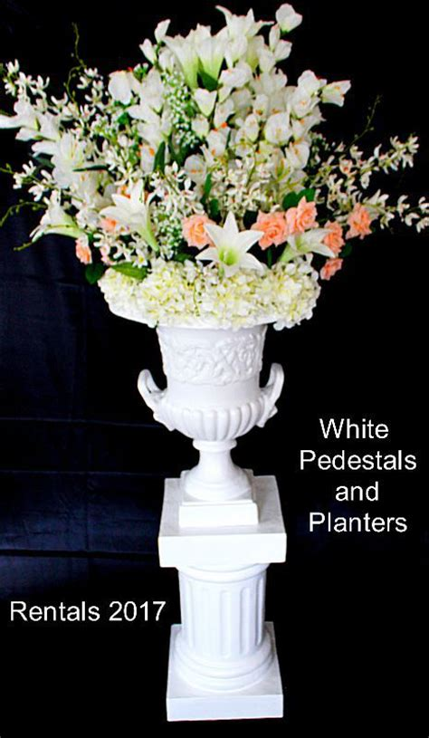 Planter Flowers by Planter With Pedestal Flowers 2017 The Ultimate Wedding