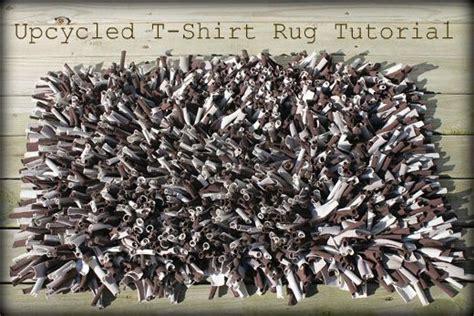 t shirt latch hook rug tutorial upcycled t shirt rug tutorial