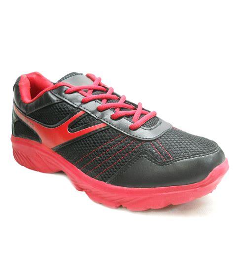 sport trax shoe store sport trax shoe store 28 images fast trax s sports