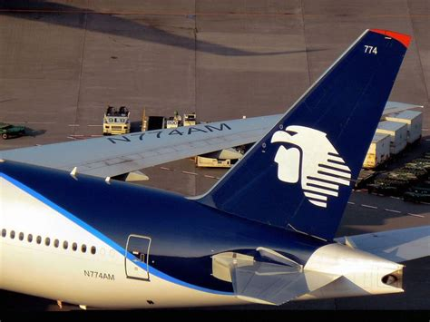 aeromexico boeing 777 aeromexico airplanes boeing 777 and aviation