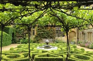 garden and the knot garden sudeley castle gardens