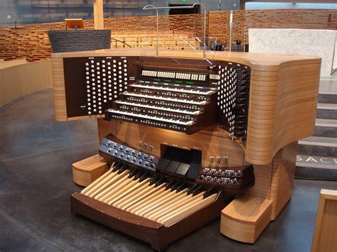 Organ L by Cath 233 Drale Catholique Romaine The Light R C
