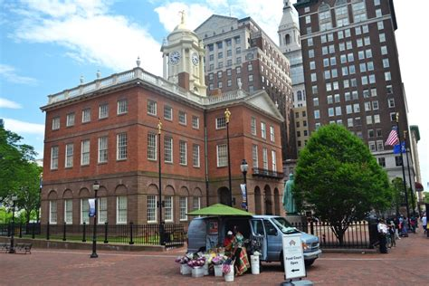 old state house hartford summer in hartford connecticut gardens parks and history yankee magazine