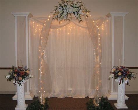 Wedding Arch Columns by 17 Best Ideas About Simple Wedding Arch On