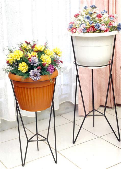Rak Pot Besi Rak Pot Tangga Rak Pot Bunga Rak Pot Tangga Bulat jual rak pot bunga b1 modelline tempat vas bunga tanaman
