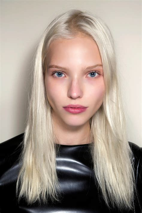 women with platinum hair 30 platinum blonde hair color shades and styles