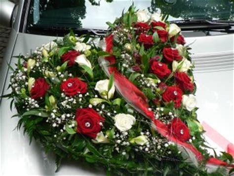 Hochzeitsauto Blumendeko by Selber Machen Ideen Tisch Deko Zur Hochzeit Auto