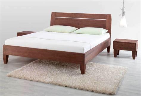 letto a in legno massello letto legno massello offerta letti a prezzi scontati