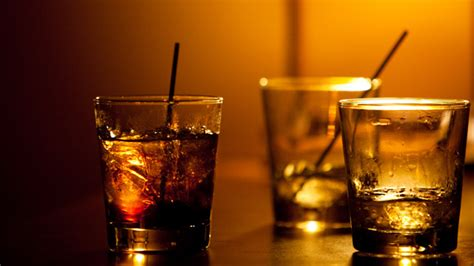 alcoholic drinks at a bar state sen proposes to drink with parental