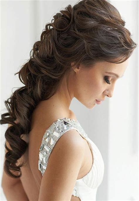 Best Prom Hairstyles by How To Style Curly Hair For Hairs Picture Gallery
