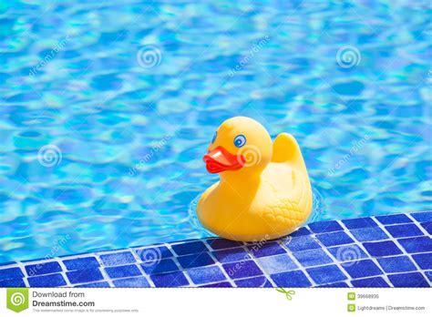 Plastic Bathtub Little Yellow Rubber Duck Stock Photo Image 39668935