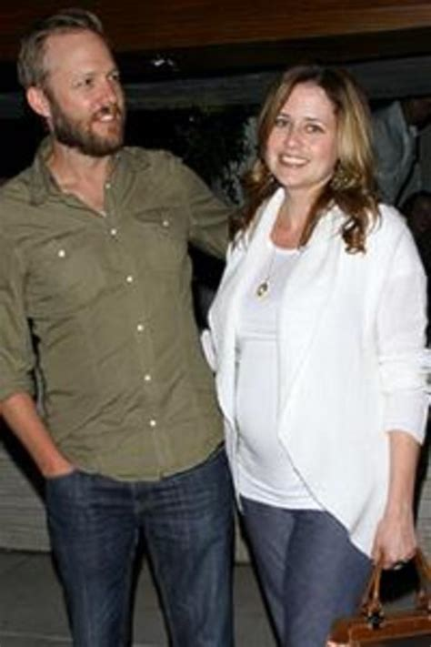 hot office pregnancy office baby jenna fischer is pregnant