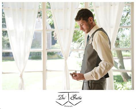 lexington kentucky wedding photographer james cook natalie james rings wedded lexington ky wedding