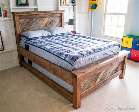 farmhouse bed plans diy rolling trundle bed plans infarrantly creative