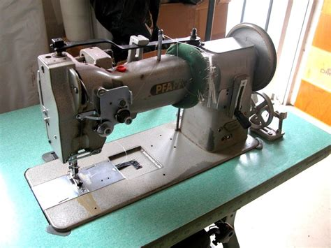 Sewing Upholstery by Pfaff 146 H3 Walking Foot With Upholstery Sewing