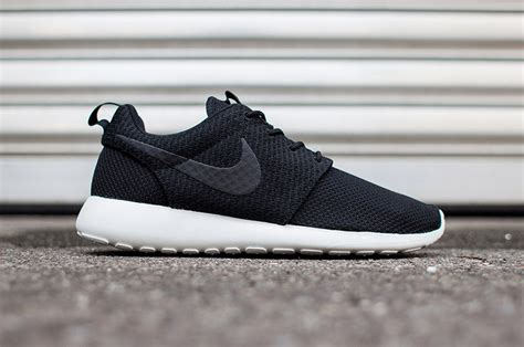 Nike Free Slip On Hitam jual nike roshe run noir sneakerclearance