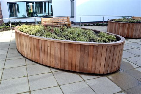 Curved Planters by Curved Planters Design