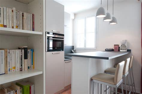 Attrayant Cuisine D Ete En Pierre #3: petite-cuisine-charmante-et-design-dessinee-par-l-architecte-d-interieur-severine-kalensky_1_438_4.jpg