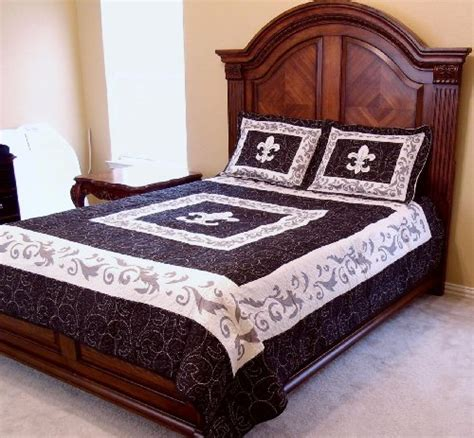 Fleur De Lis Bed Set Western Style Fleur De Lis King Size Quilt And Shams 3pc Set Home Garden Linens Bedding Bedding