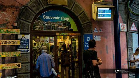ufficio turistico genova vernazza l ufficio turistico presso la stazione ferroviaria