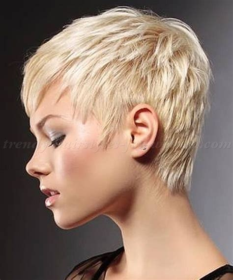 hairstyles scruffy bob 258 best images about whispy and scruffy short cuts on