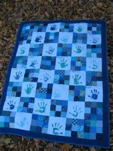creative kindergarten handprint quilt finished