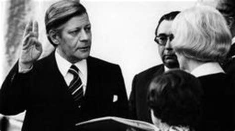 Tabellarischer Lebenslauf Helmut Schmidt Bilder Helmut Schmidt 95 Geburtstag Ard Mittagsmagazin Ard Das Erste