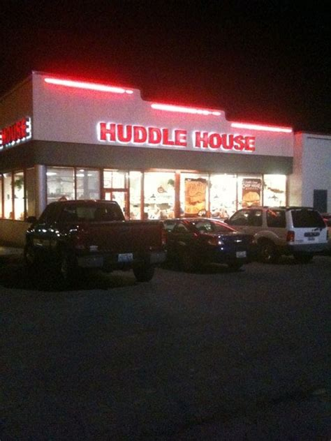 Huddle House Near Me by Huddle House American Traditional 118 Commerce Dr