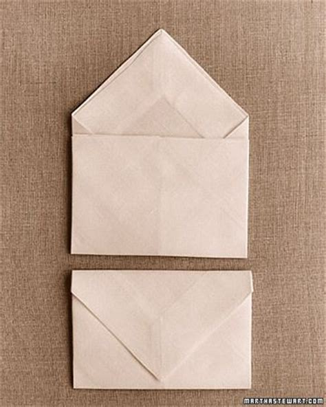 Cool Paper Napkin Folds - 17 best images about napkin presentation on