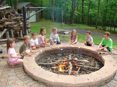 backyard fire ring 17 amazing backyard fire pits to gather around page 2 of 4