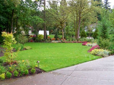 simple backyard landscape ideas 16 simple but beautiful backyard landscaping design ideas