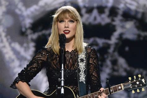 taylor swift duet with country singer taylor swift returns to her country roots on newly