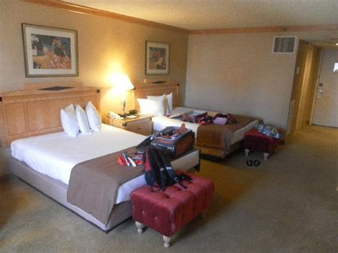 ballys hotel rooms room 871 picture of bally s las vegas hotel casino las vegas tripadvisor