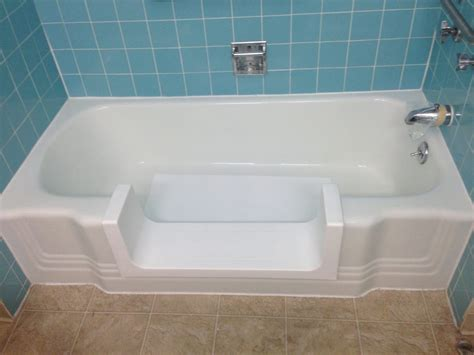 can u paint a bathtub can you paint porcelain tub guidepecheaveyron com