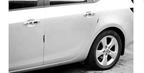 Pelindung Daun Pintu Dari Benturan harga pelindung pintu mobil terhindar dari lecet lecet ketika terbentur mobil lainnya