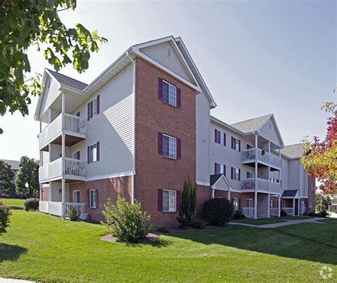 Apartments For Rent In Janesville Wi 53548 River Terrace Apartments Rentals Janesville Wi