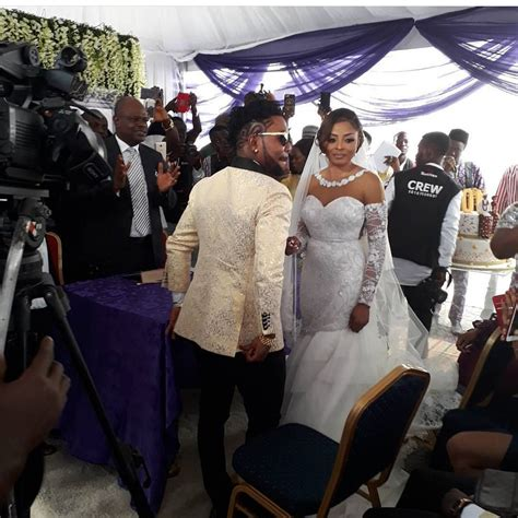 Nabila White oritsefemi and nabila fash s white wedding photos