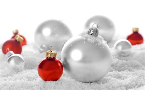 wallpaper christmas balls red christmas ornament background