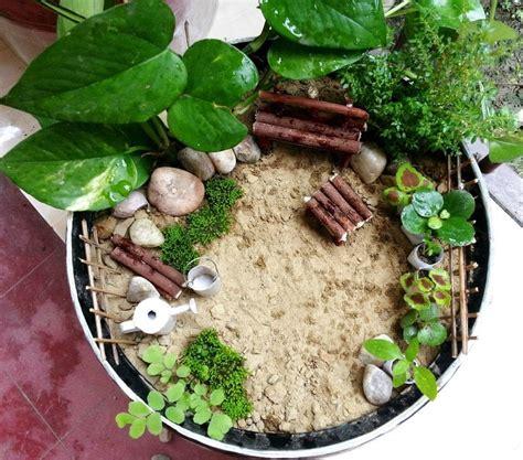 miniature diy projects diy miniature garden 183 how to make a garden terrarium