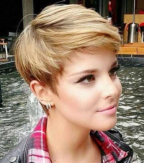 Pictures Of Womens Hairstyles by 25 Best Ideas About Haircuts On Pixie