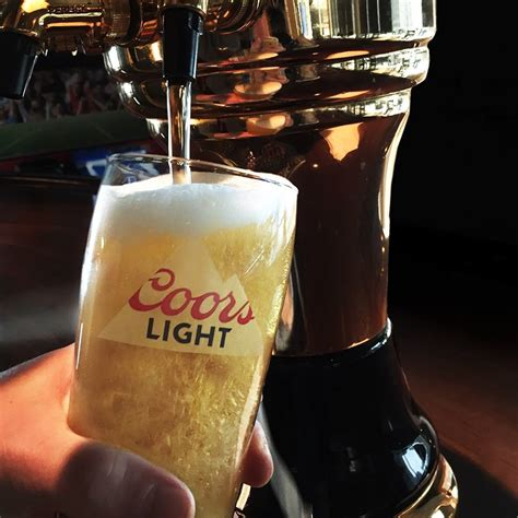 Bud Light Vs Coors Light by Canada Vs The U S Who Serves Up The With The Best